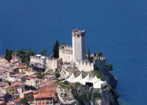Il Castello Scaligero (XIII sec.) dal Monte Baldo