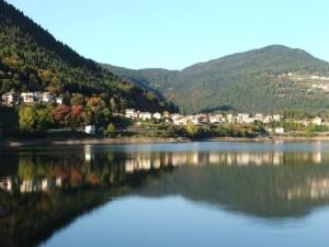 Campolongo e il lago di Serraia