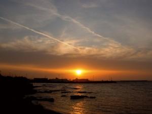 Il sole saluta Porto Torres
