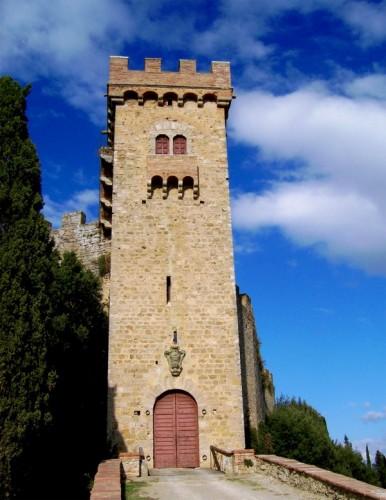 Poggibonsi - La torre di Strozzavolpe