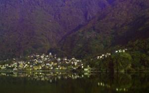 Un paese nel lago