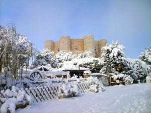Candida neve sul Castel del Monte