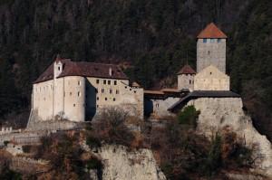 Al cospetto di Sua Maest…osità, Castel Tirolo.