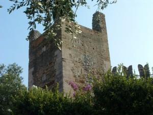 una delle torri del castello