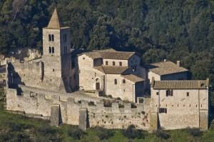 L'abbazia fortificata