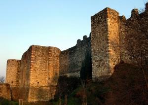 Girando intorno al castello