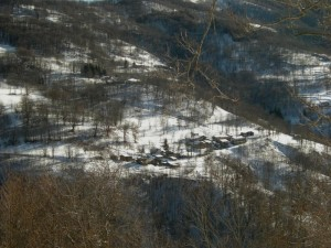 borgata di Coumboscuro, frazione di Monterosso Grana