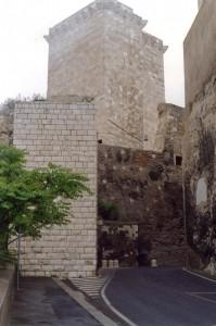 Cagliari Torre di San Pancrazio e porta de s'avanzada