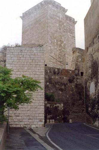 Cagliari - Cagliari Torre di San Pancrazio e porta de s'avanzada
