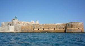 Il castello Maniace voluto a Siracusa da Federico II