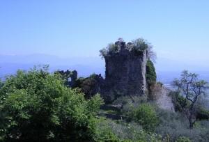 La Rocca e l'affaccio sulla valle del Sacco