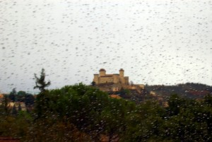 Tra la pioggia:La fortezza di Spoleto