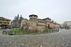 La rocchetta di Castellarano in…curva