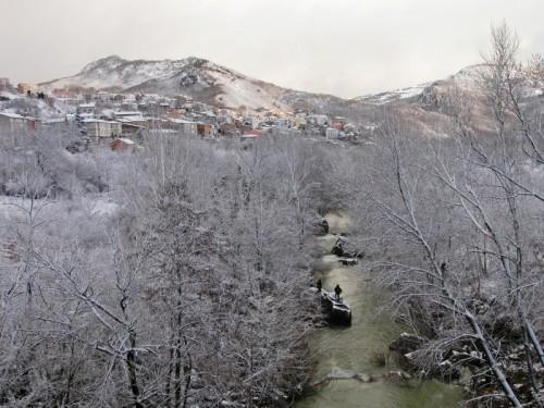 Quadri - Quadri sotto la neve,vista dal Fiume Sangro