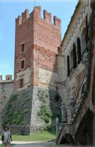 CASTELLO DI SOAVE la torre