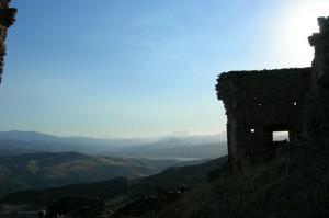 """Ruderi del Castello. """" I fantasmi della superstizione """"."""