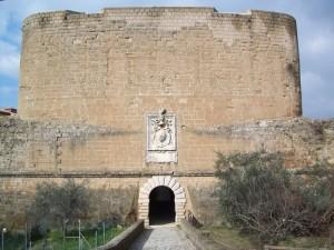 L'accesso sud alla fortezza Orsini…nobiltà e potenza.