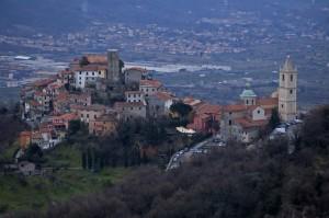 Tramonto Sul Borgo Di Vezzano…