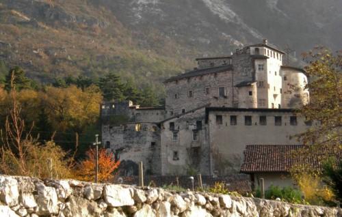 Calliano - Castel ...di... Pietra