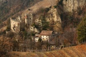 Zoom su Castel Fontana