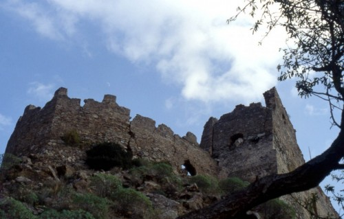 Condofuri - Cinta muraria del castello di amendolea