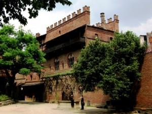 all'interno del Borgo Medievale