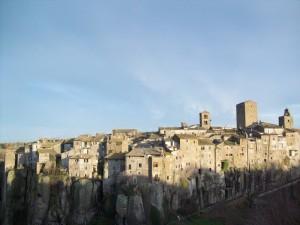 Case e rocce, Vitorchiano