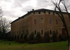 Il castello di Fombio prima che uscisse il sole