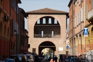 La porta Capuana vista dall'interno del paese