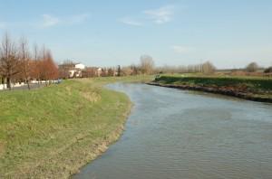Il paese lungo il canale Riolo