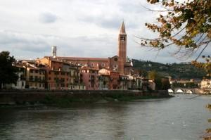 Dalla riva sin. dell'Adige
