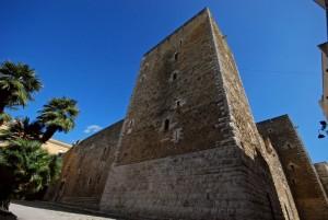nel castello federiciano di Gioia del Colle Bianca Lancia fu prigioniera