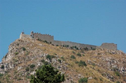 Taormina - Il castello sopra la città