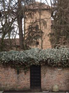 Sto bene qua, chiuso nel mio giardino - Castello dei Landriani