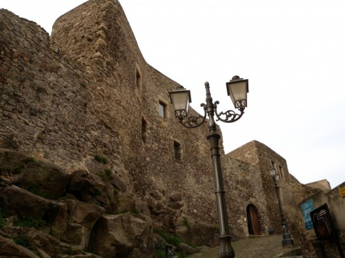 Castelsardo - Castello dei Doria mura esterne
