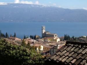 Sui tetti di Maderno…