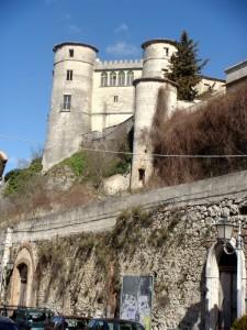 Il Castello Caldora a Carpinone