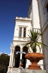 Attorno al  Castello di Miramare