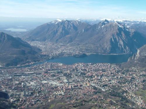 Lecco - Veduta d'insieme della città di Lecco dal Pizzo d'Erna