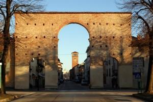 Cherasco -porta della citta, da Narzole
