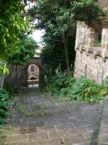 il cortile esterno della Rocca