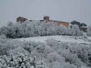 castello di montebello innevato