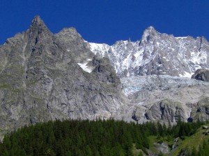 Planpincieux: Aig.Rouge de Rochefort e frontale del ghiacciao di Planpincieux