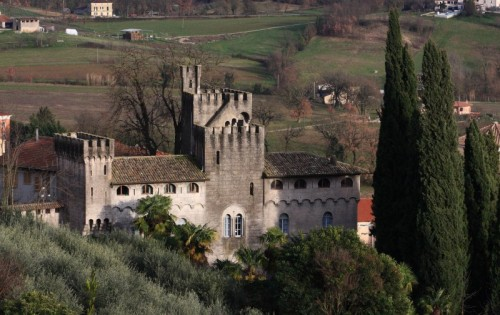 """Alvito - Villa """"Castello"""" Mazzenga in Alvito..."""