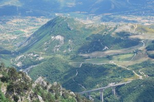 Vista panoramica pini loricati nel Parco Nazionale del Pollino