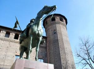 Un cavaliere protegge la torre