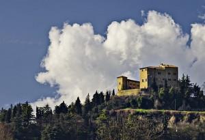 La Rocca contesa tra Impero e Papato