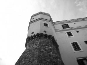 mura di difesa lungo il porto storico