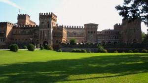 Castello San Lorenzo De' Picenardi, veduta lato dx