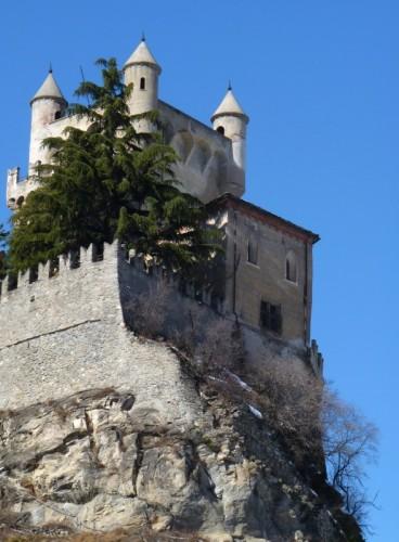 Saint-Pierre - Alle dame del Castello piace solo fare quello ...